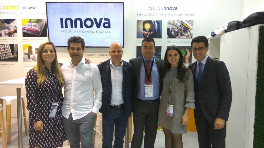 El equipo Innova en la feria Hispack